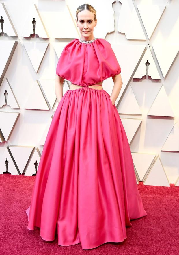 Những tinh hoa nổi nhất trên thảm đỏ Oscar 2019: Xem ra có công thức chung để lọt Top Best Dressed! - Ảnh 9.