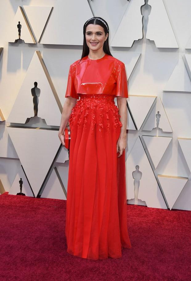 Những tinh hoa nổi nhất trên thảm đỏ Oscar 2019: Xem ra có công thức chung để lọt Top Best Dressed! - Ảnh 23.