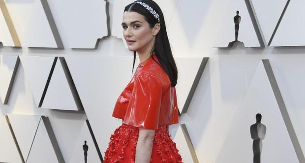 Những tinh hoa nổi nhất trên thảm đỏ Oscar 2019: Xem ra có công thức chung để lọt Top Best Dressed! - Ảnh 24.