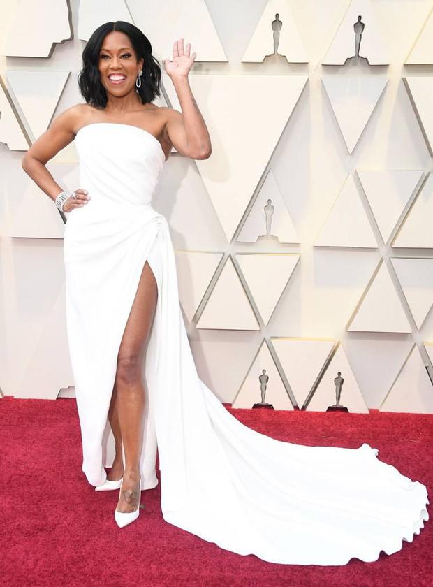 Những tinh hoa nổi nhất trên thảm đỏ Oscar 2019: Xem ra có công thức chung để lọt Top Best Dressed! - Ảnh 25.
