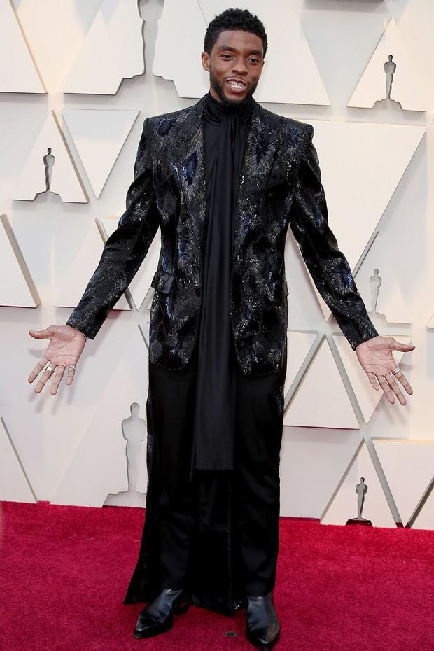 Thảm đỏ Oscar 2019: Lady Gaga bị tình tin đồn bỏ rơi, dàn Con nhà siêu giàu châu Á đọ sắc siêu anh hùng Marvel, DC - Ảnh 17.