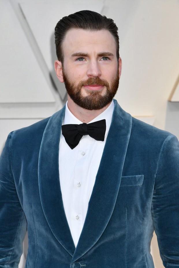 Khoảnh khắc gây sốt tại Oscar 2019: Chàng đội trưởng Mỹ Chris Evans xứng đáng ẵm giải quý ông dễ mến nhất! - Ảnh 1.