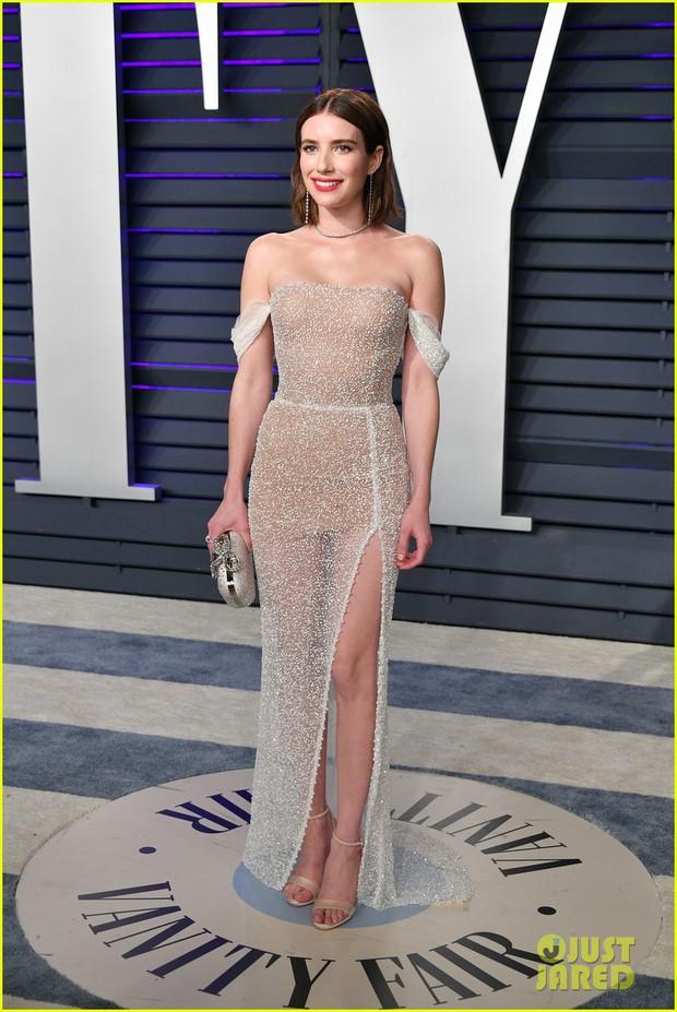 Nín thở vì Kendall Jenner mặc đầm như không mặc tại tiệc hậu Oscar, phản ứng của ông bố chuyển giới còn đáng chú ý hơn - Ảnh 16.