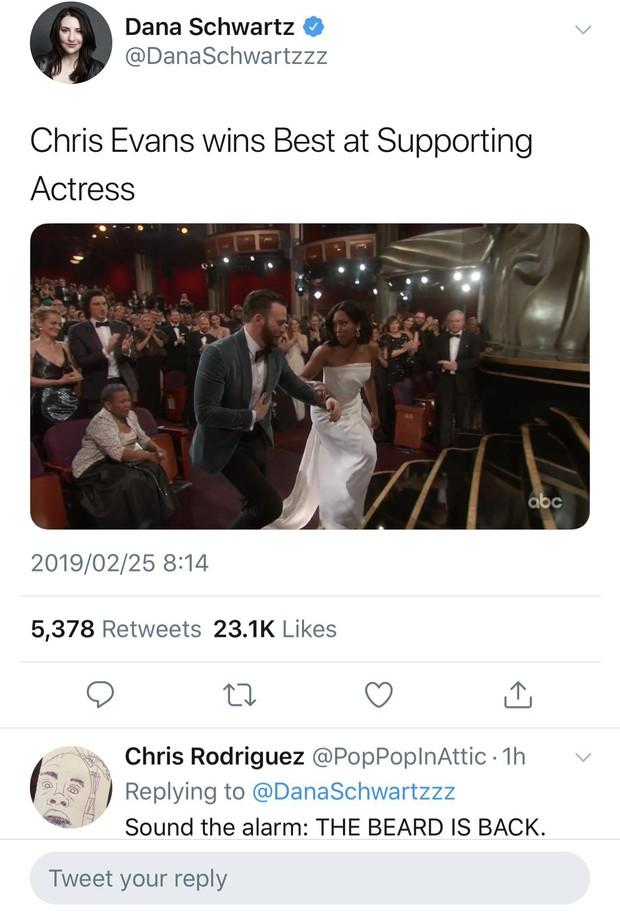 Khoảnh khắc gây sốt tại Oscar 2019: Chàng đội trưởng Mỹ Chris Evans xứng đáng ẵm giải quý ông dễ mến nhất! - Ảnh 7.