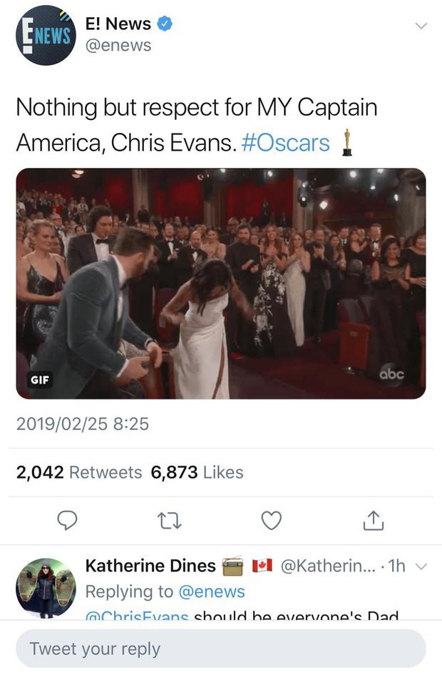 Khoảnh khắc gây sốt tại Oscar 2019: Chàng đội trưởng Mỹ Chris Evans xứng đáng ẵm giải quý ông dễ mến nhất! - Ảnh 6.