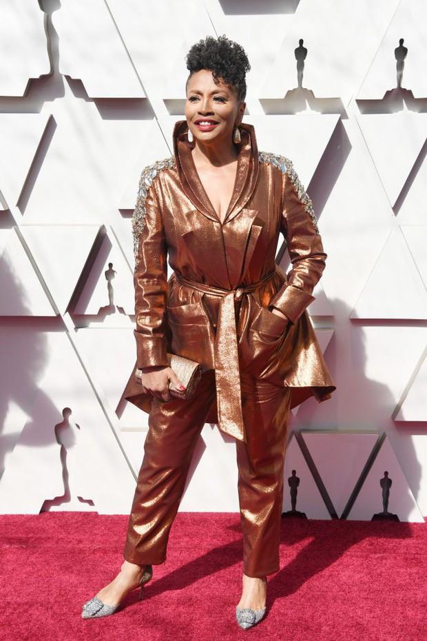 Thảm đỏ Oscar 2019: Lady Gaga bị tình tin đồn bỏ rơi, dàn Con nhà siêu giàu châu Á đọ sắc siêu anh hùng Marvel, DC - Ảnh 53.