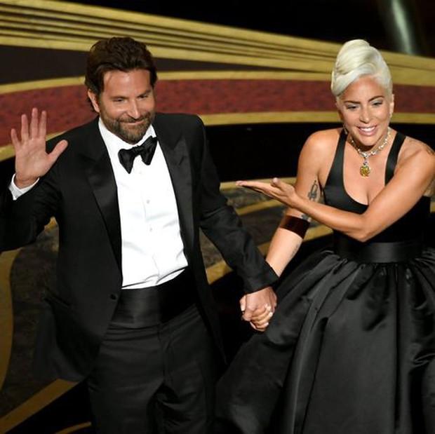 Netizen Trung trầm trồ với chiếc vòng cổ của Audrey Hepburn được Chị Dậu Lady Gaga mang dự Oscar 2019 - Ảnh 2.