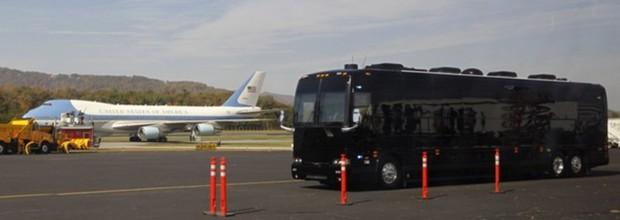 """Khám phá siêu xe bus chống đạn """"Ground Force One"""" dành cho Tổng thống Mỹ - Ảnh 2."""