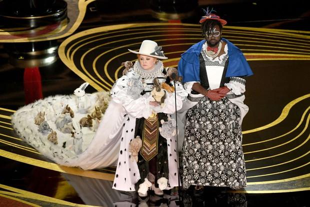 9 khoảnh khắc khó quên nhất tại lễ trao giải danh giá Oscar 2019 - Ảnh 19.