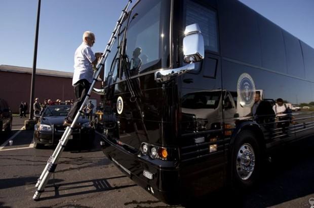 """Khám phá siêu xe bus chống đạn """"Ground Force One"""" dành cho Tổng thống Mỹ - Ảnh 7."""