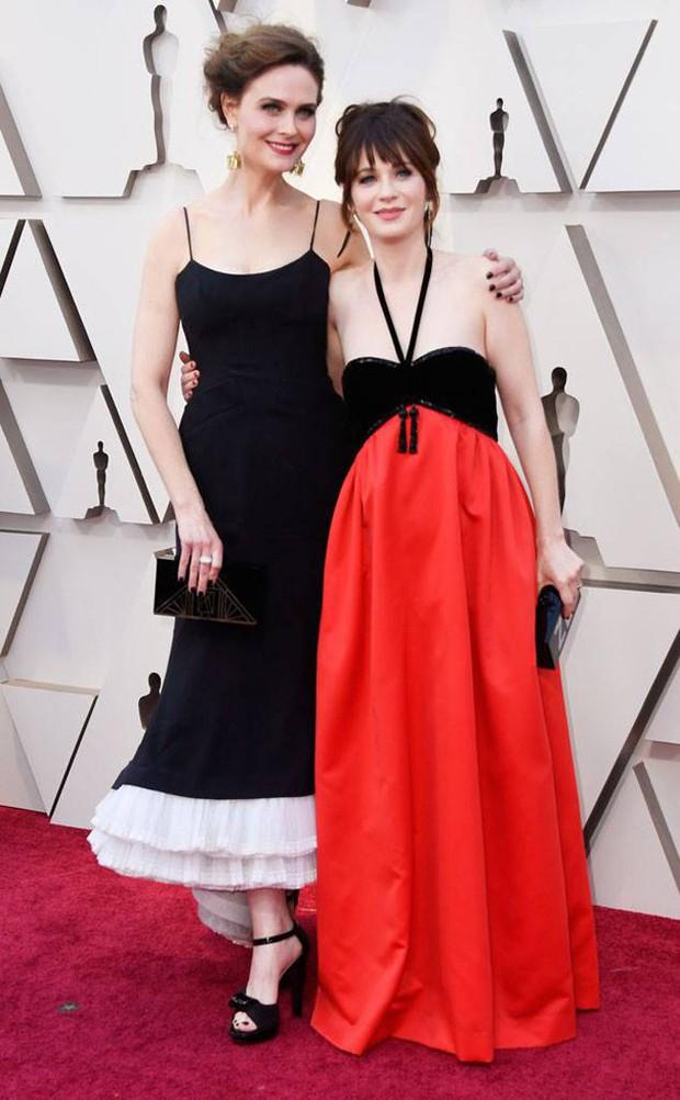 Dành cho cuối ngày: Những bộ cánh Oscar 2019 khiến bạn bật cười trong đêm hoặc đánh bay mọi xúc cảm - Ảnh 8.