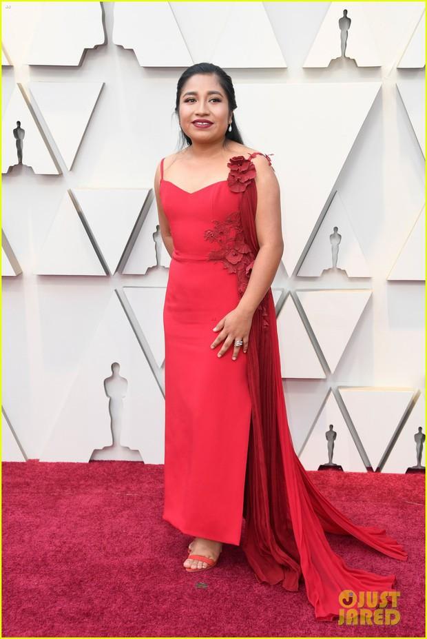 Thảm đỏ Oscar 2019: Lady Gaga bị tình tin đồn bỏ rơi, dàn Con nhà siêu giàu châu Á đọ sắc siêu anh hùng Marvel, DC - Ảnh 57.