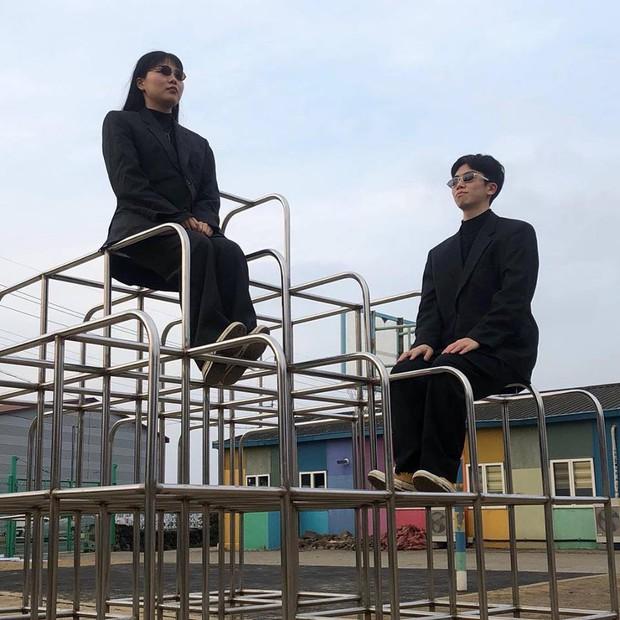 """Đôi bạn Hàn Quốc gây sốt với bộ ảnh """"du lịch cùng chủ tịch"""": Hot-trend tiếp theo đây rồi! - Ảnh 9."""
