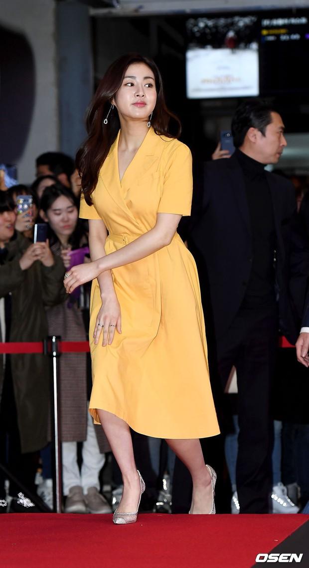 Bi Rain mời PSY cùng dàn sao khủng đến dự, Kang Sora và bạn gái cũ Kim Bum đọ chân dài cực phẩm tại sự kiện - Ảnh 4.