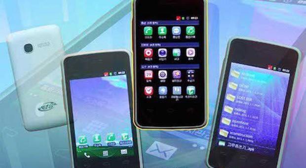 Bất ngờ với Top 5 smartphone phổ biến nhất của Triều Tiên: Chỉ lưu hành nội bộ, không Internet, không gọi quốc tế - Ảnh 1.