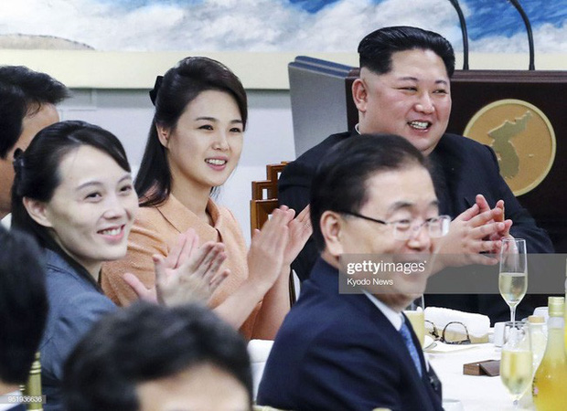 Ngoài phong cách, Đệ nhất phu nhân Triều Tiên còn sở hữu làn da và mái tóc đáng ngưỡng mộ - Ảnh 4.