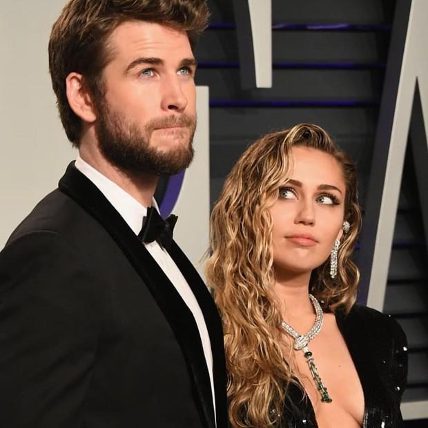 Nếu muốn Miley Cyrus hôn Liam Hemsworth cho báo chí chụp ảnh, hãy trả tiền cho Miley đi rồi tính - Ảnh 5.