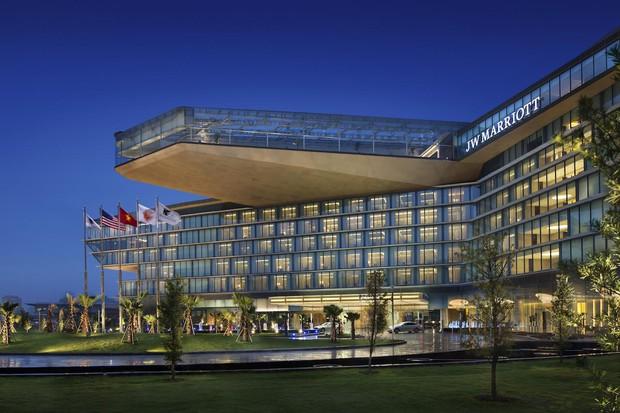 Hai khách sạn được nhắc tên nhiều nhất trong ngày này hoá ra cũng là những điểm sáng của ẩm thực Hà Nội - Ảnh 1.