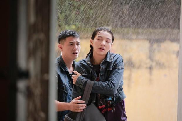 4 mối tình đơn phương gây thổn thức của màn ảnh Việt - Ảnh 6.