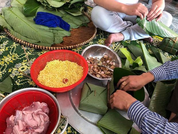 Những lần gói bánh chưng của cầu thủ Việt khiến cư dân mạng phải trầm trồ - Ảnh 3.