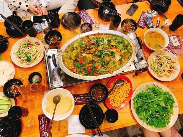 Hà Nội năm nay có quá nhiều hàng quán mở cửa xuyên Tết: Thèm ăn gì cũng có - Ảnh 19.