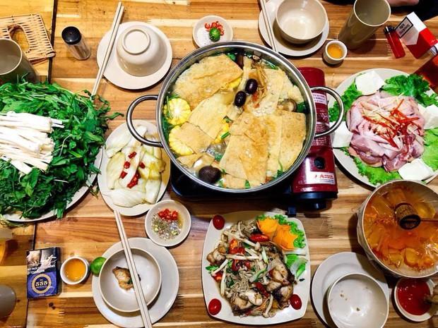 Hà Nội năm nay có quá nhiều hàng quán mở cửa xuyên Tết: Thèm ăn gì cũng có - Ảnh 20.