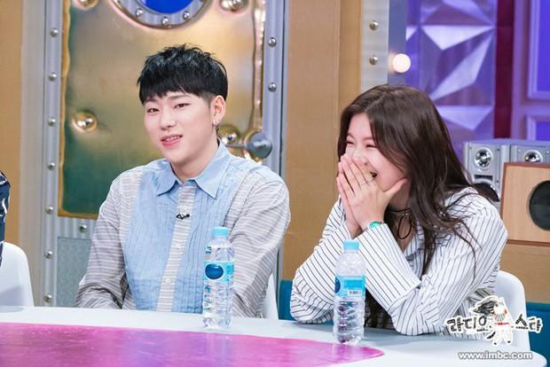 Vợ chồng Song Joong Ki - Song Hye Kyo phải chịu thua trước Lee Kwang Soo và bạn gái về khoản này! - Ảnh 18.