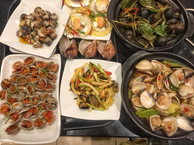 Hà Nội năm nay có quá nhiều hàng quán mở cửa xuyên Tết: Thèm ăn gì cũng có - Ảnh 10.