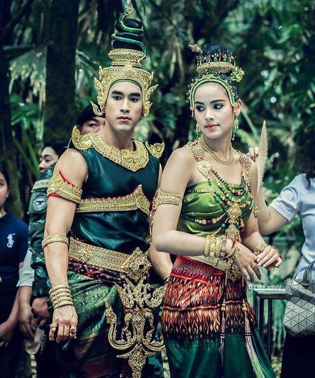 Ngạc nhiên chưa, 4 điều chưa từng có tiền lệ ở điện ảnh Thái đều hội tụ trong Nữ Thần Rắn 2 - Ảnh 1.