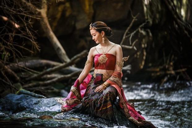 Ngạc nhiên chưa, 4 điều chưa từng có tiền lệ ở điện ảnh Thái đều hội tụ trong Nữ Thần Rắn 2 - Ảnh 6.