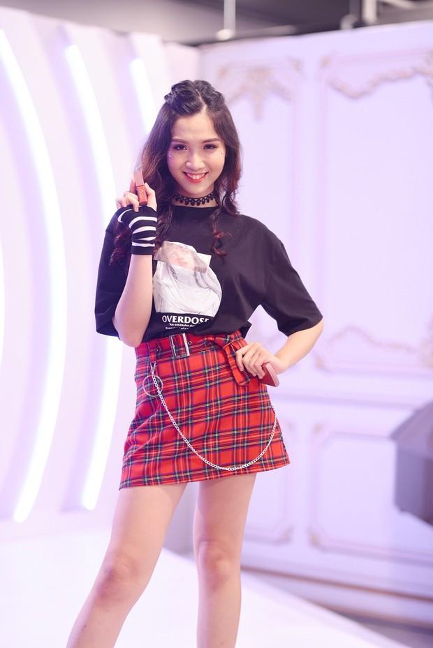 Nhật Hà diện Áo dài, tự tin nói về Tết Việt bằng tiếng Anh trong clip giới thiệu tại Miss International Queen 2019 - Ảnh 5.