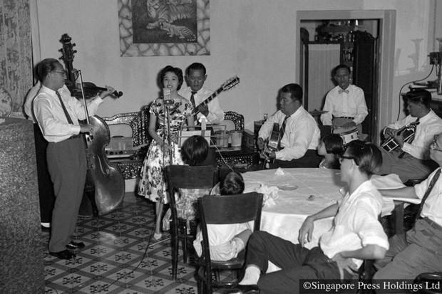 Hình ảnh người Singapore đón Tết âm lịch trong quá khứ và hiện tại - Ảnh 7.