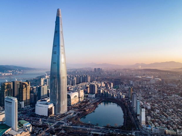 Ngày 30 Tết, Bom sex xứ Hàn vọt lên top 1 Naver vì khoe nhà triệu đô ở tòa cao thứ 5 thế giới sau khi cưới đại gia - Ảnh 4.
