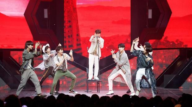"""BTS cùng đề cử gây tranh cãi sẽ tham dự lễ trao giải """"Grammy 2019"""" với vai trò gì? - Ảnh 1."""