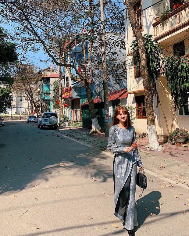 Đã thành thói quen, cứ mùng 1 Tết là từ sao tới hot girl Việt lại diện áo dài tưng bừng - Ảnh 12.