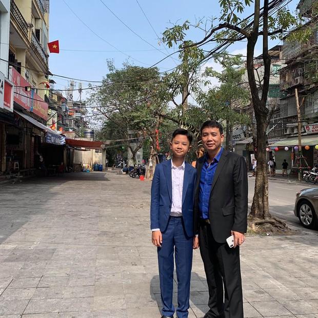Khoe ảnh gia đình qua 3 năm, Quỳnh Anh Shyn lần đầu tiên mất spotlight vì cậu em càng lớn càng điển trai - Ảnh 2.