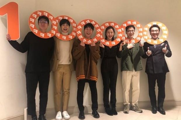 Phim hài Extreme Job chính thức gia nhập câu lạc bộ 10 triệu vé của Hàn Quốc - Ảnh 2.