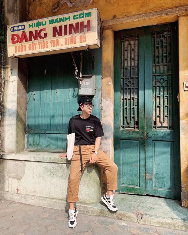 Ngày thường là hàng bánh cốm nức tiếng Hà Nội, đến Tết thành background chụp ảnh check-in - Ảnh 4.