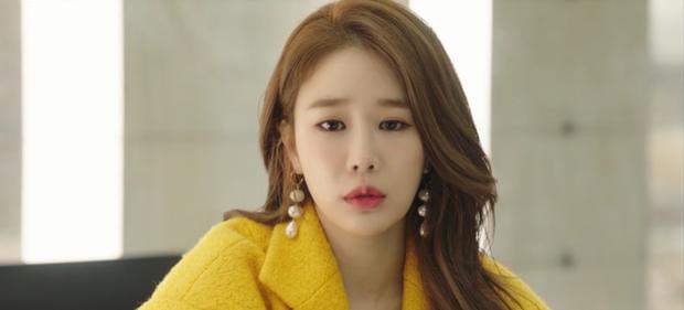"""Touch Your Heart tập 1: Yoo In Na """"đánh bật"""" Song Hye Kyo, trở thành nữ chính Hậu Duệ Mặt Trời - Ảnh 9."""