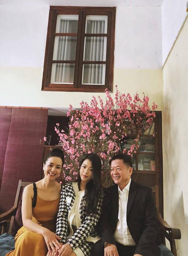 Bất ngờ với nhan sắc như sao y bản chính từ mẹ của hai con gái nghệ sĩ Chiều Xuân - Ảnh 3.