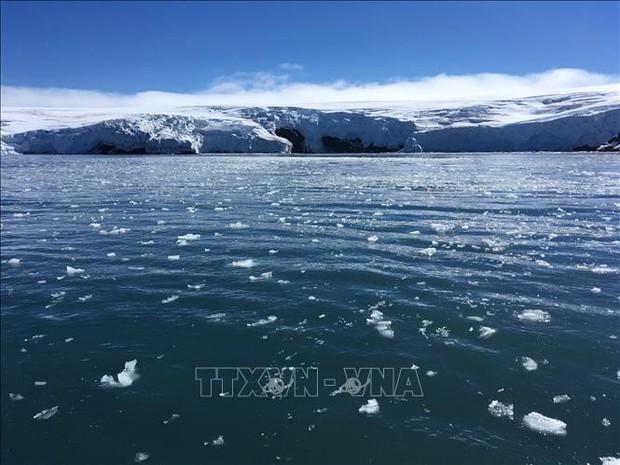 Các khối băng khổng lồ đang tan nhanh chóng, thời tiết ngày càng cực đoan - Ảnh 1.