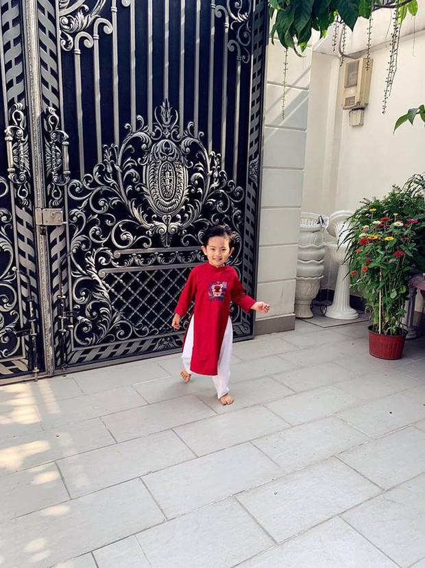 Nào có thua người lớn, nhóc tỳ nhà sao Việt cũng xúng xính diện áo dài, nổi nhất là mẹ con Thu Thảo và Hà Anh - Ảnh 12.
