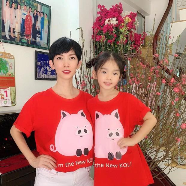 Nào có thua người lớn, nhóc tỳ nhà sao Việt cũng xúng xính diện áo dài, nổi nhất là mẹ con Thu Thảo và Hà Anh - Ảnh 13.