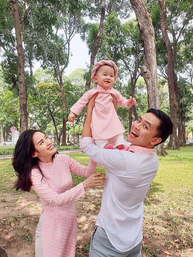 Nào có thua người lớn, nhóc tỳ nhà sao Việt cũng xúng xính diện áo dài, nổi nhất là mẹ con Thu Thảo và Hà Anh - Ảnh 4.