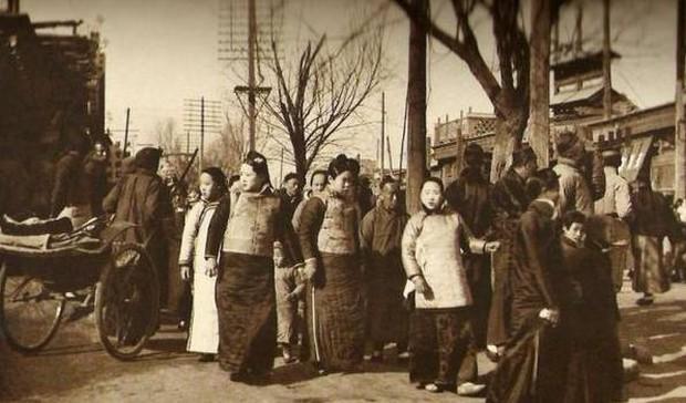 Ảnh hiếm ghi lại cảnh đón Tết của người Trung Quốc dưới thời nhà Thanh hàng trăm năm trước - Ảnh 5.