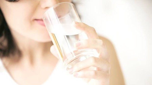 Các bước giúp bạn cải thiện vóc dáng và thói quen ăn uống sau những ngày lễ xả láng - Ảnh 1.