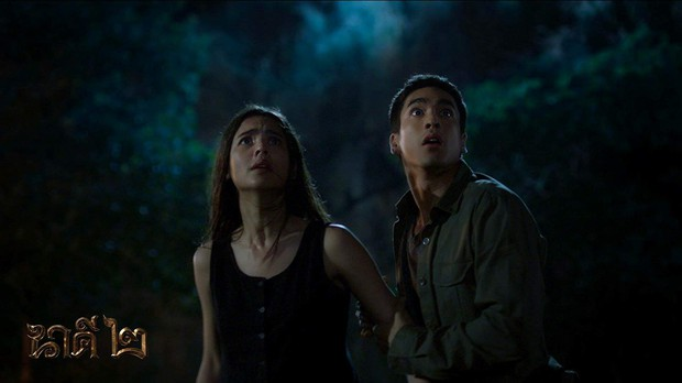 Thổn thức tâm can với chuyện tình yêu từ trong phim đến đời thực của cặp đôi Nữ Thần Rắn 2 - Ảnh 2.