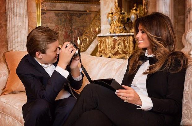 Điều ít biết Đệ nhất phu nhân Mỹ: Từng là người mẫu nóng bỏng, học vị cao, chưa bao giờ phụ thuộc chồng tỷ phú - Ảnh 6.