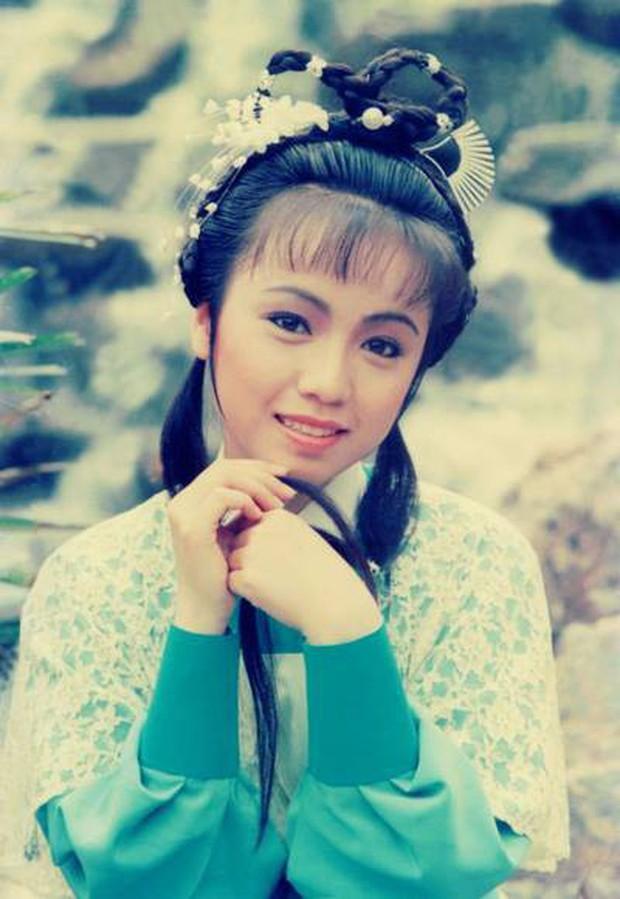 Muôn vẻ Chu Chỉ Nhược qua các thời kì: Cô 2009 như mẹ Trương Vô Kỵ, nàng 2019 xinh như nữ thần! - Ảnh 4.