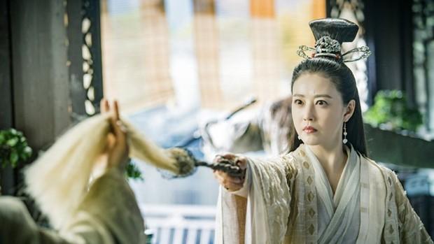 Muôn vẻ Chu Chỉ Nhược qua các thời kì: Cô 2009 như mẹ Trương Vô Kỵ, nàng 2019 xinh như nữ thần! - Ảnh 7.